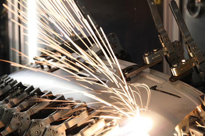 Photonics Products: High-power Fiber Lasers: Kilowatt-level fiber