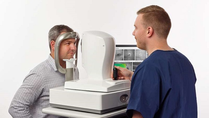The AngioVue retinal OCT scanner benefits from motion-correction technology. (Image credit: Optovue)