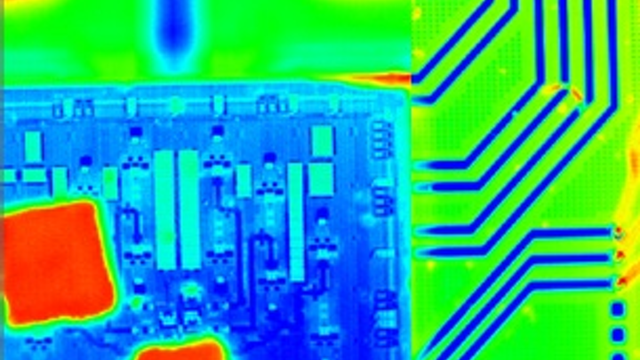 Thermal microscope equipped with FLIR camera analyzes temperature distribution in silicon photonics