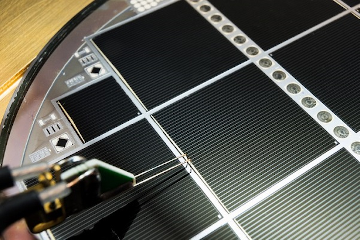 Multi-junction solar cell exceeds theoretical limits at 30 2