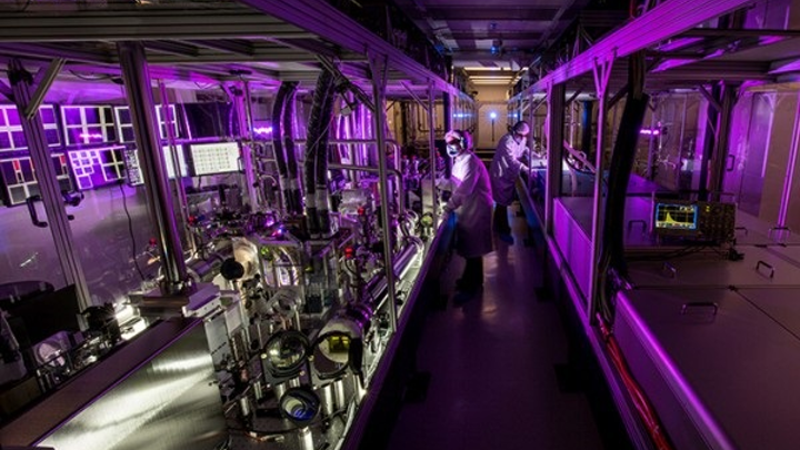 HAPLS has set a world record for diode-pumped petawatt lasers, with energy reaching 16 J and a 28 fs pulse duration (equivalent to approximately 0.5 PW/pulse) at a 3.3 Hz repetition rate. (Image credit: LLNL)