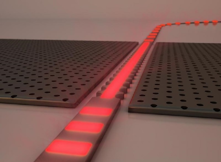 A zero-refractive-index waveguide essentially is a standing wave with a constant phase that oscillates only as a function of time and not space, with important implications for progressing silicon photonics or photonic integrated circuits. (Image credit: Harvard SEAS)