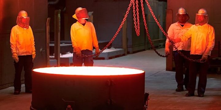 Schott has successfully cast the first main hexagonal mirror segments for the European Southern Observatory's Extremely Large Telescope (ELT). (Image credit: ESO)