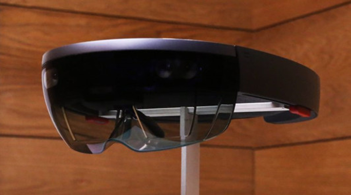 A Hololens head-worn device for augmented reality (AR) and/or mixed reality applications can come in a variety of styles with differing capabilities. (Image credit: Display Daily)