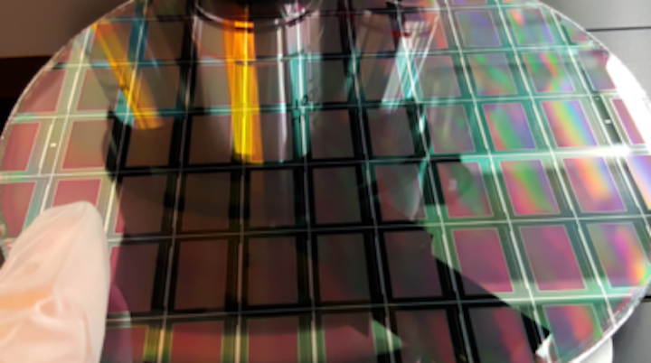 Quantum dots shrink microLED pixels by 87% | Laser Focus World
