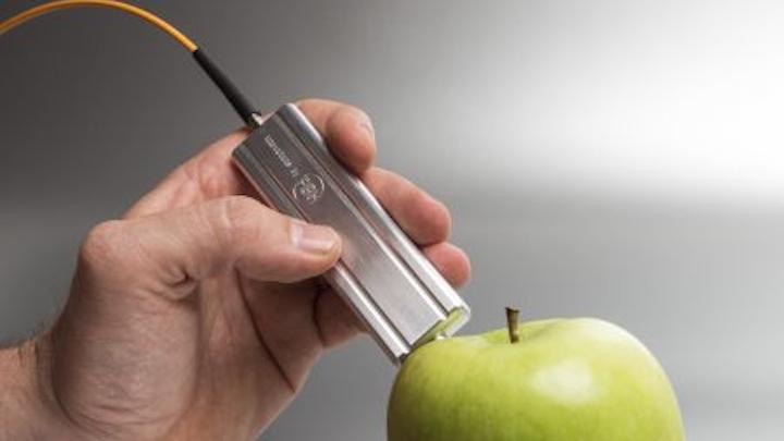 SERDS probe uses dual-wavelength diode laser and micro optics (Photo: FBH/Schurian.com)
