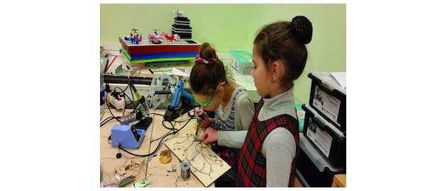 Thousands of young women and girls have had the chance to explore the world of science, engineering, and light technologies thanks to a European photonics research consortium that has created their girls in STEM ecosystem, a series of 33 workshops and 11 Photonics Challenger projects across 10 European countries in a bid to tackle the underrepresentation of women in science.