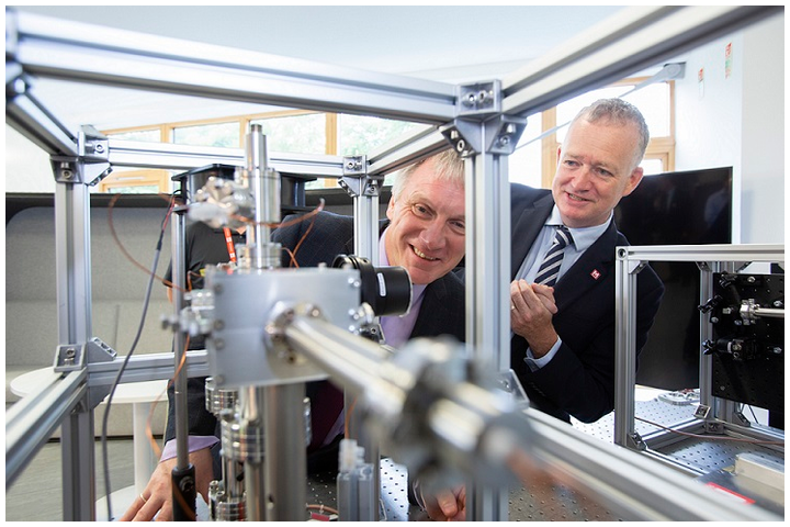 Photonics and quantum technology company M Squared Lasers will create 24 new jobs, including 18 new highly-skilled scientific roles, with a $3.5 million dollar (2.9 million pound) research and development (R&D) grant from Scottish Enterprise.